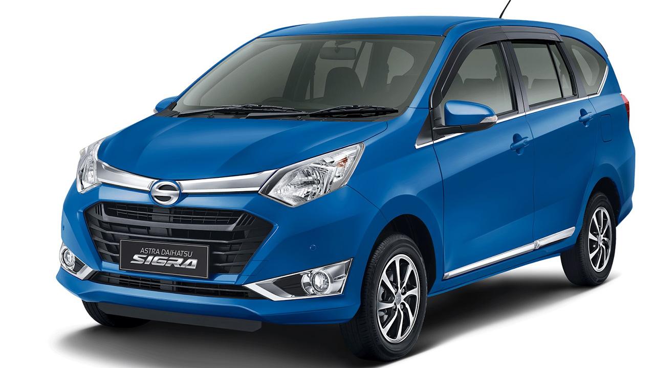 Daihatsu Sigra новый семейный микровэн