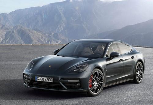 Обзор автомобиля Porsche Panamera 2 2017-2018