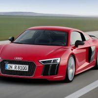 536 Audi R8 быстрее машины Формулы 1