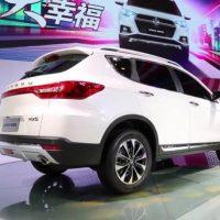 592 Обзор автомобиля Dongfeng MX5 2016-2017