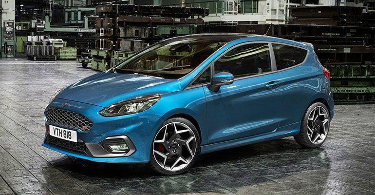 Обзор автомобиля Ford Fiesta ST 2018