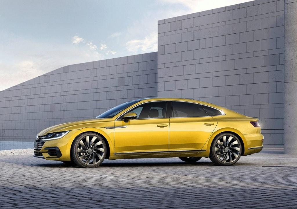 17062 Обзор автомобиля Volkswagen Arteon 2017-2018