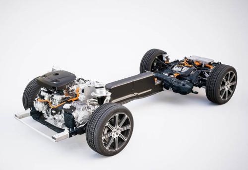 Обзор автомобиля кроссовер Volvo XC60 2017-2018