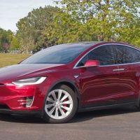 Сумасшедший и фантастический. Tesla Model X