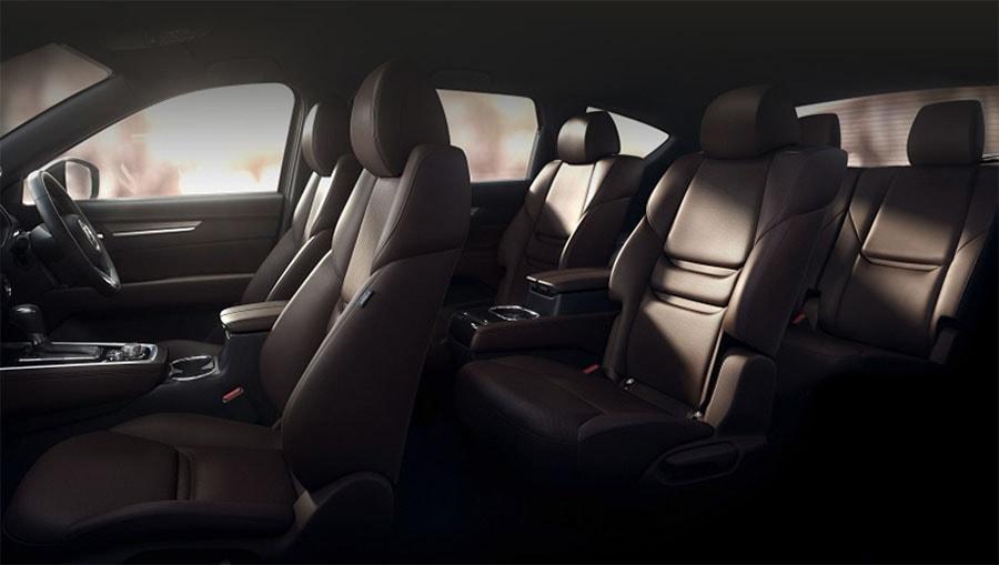 Обзор автомобиля Mazda CX-8 2017