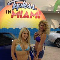 17761 Фоторепортаж с Topless car awards в Майами!