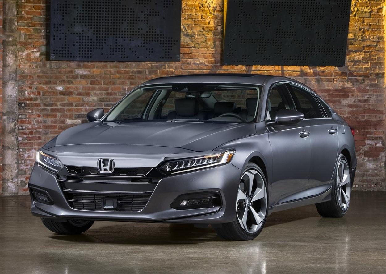 Обзор автомобиля Honda Accord 2018 года