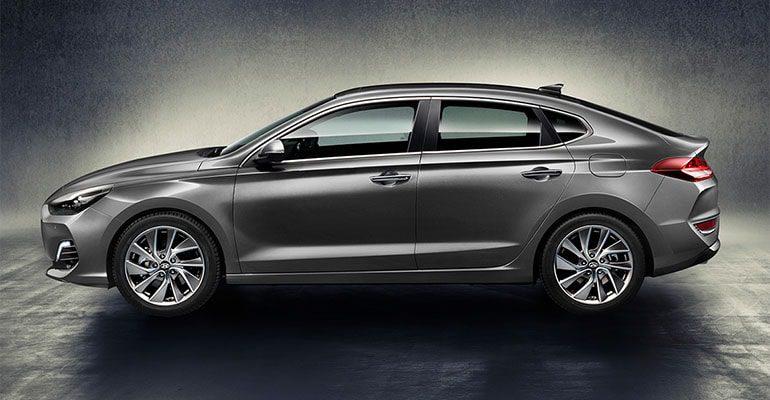 Обзор автомобиля Hyundai i30 Fastback 2018