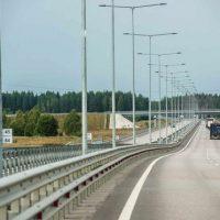 На трассе «Москва – Санкт-Петербург» разрешат разогнаться до 130 км/ч
