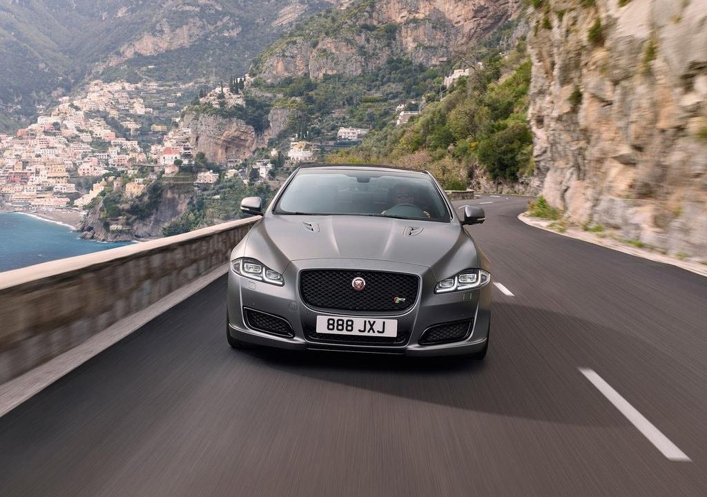 18120 Обзор автомобиля Jaguar XJR575 2018-2019
