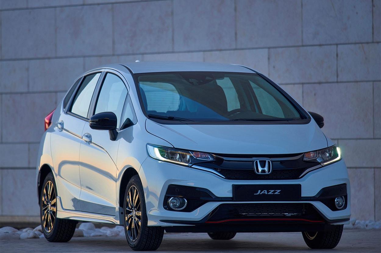 Обзор автомобиля Honda Jazz 2018