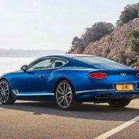 18436 Обзор автомобиля Bentley Continental GT 2018 года
