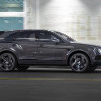 Чернее ночи: Bentley выпустил абсолютно черный Bentayga