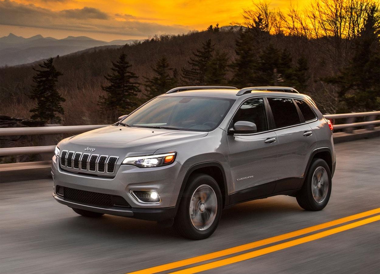 Обзор автомобиля Jeep Cherokee 2018 — 2019