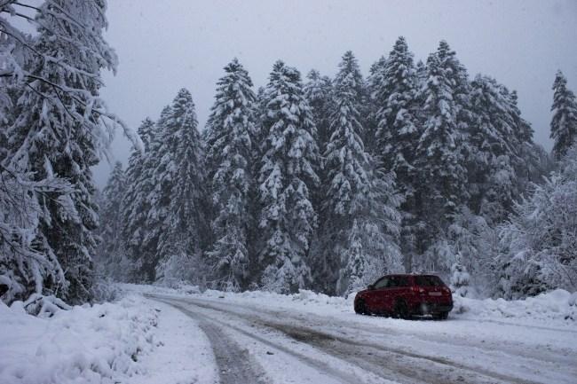 Красным по белому, или как это — на Suzuki Vitara S в Карпаты. Suzuki Vitara S