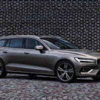 20181 Обзор автомобиля Volvo V60 2019 года