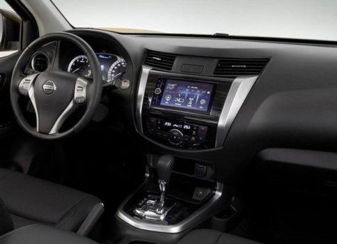 Обзор автомобиля Nissan Terra 2018