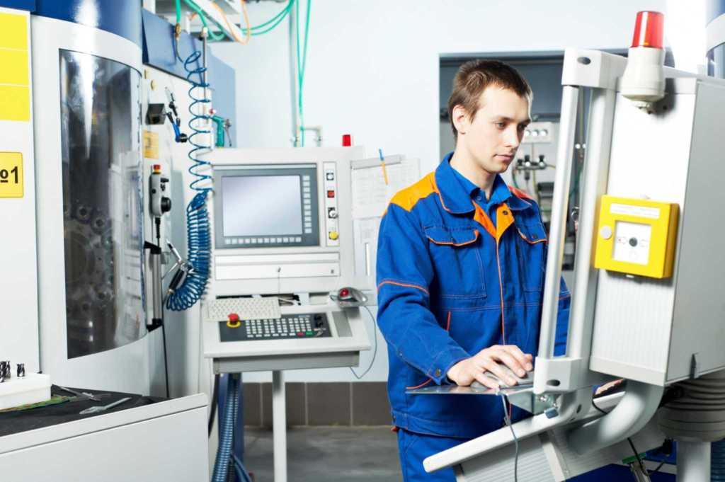 20118 Мы узнали сколько зарабатывает инженер на АВТОВАЗе