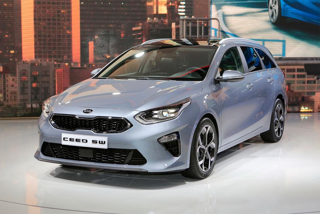 20313 Обзор автомобиля Kia Ceed Sportswagon 2018