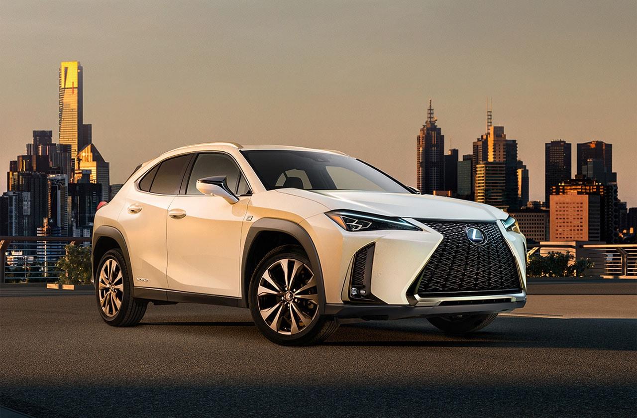 20333 Обзор автомобиля Lexus UX 2019