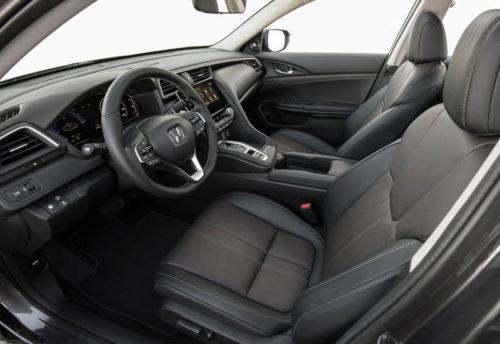 Обзор автомобиля Honda Insight 2019