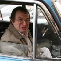 20532 Знакомая Мавроди: создателя «МММ» довели до приступа и выбросили из машины на остановке