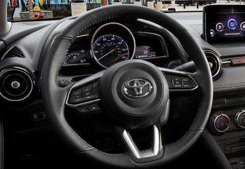 Обзор автомобиля Toyota Yaris Sedan 2019