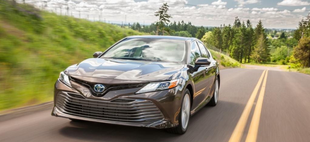20761 В России начались продажи новой Toyota Camry