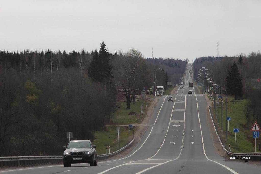20910 Медведев выбрал трассу, по которой поедут российские беспилотники
