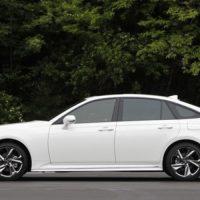 Обзор автомобиля Toyota Crown 2018 - 2019