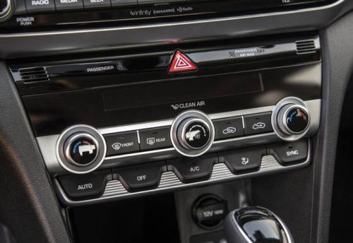 Описание автомобиля Hyundai Elantra 2019