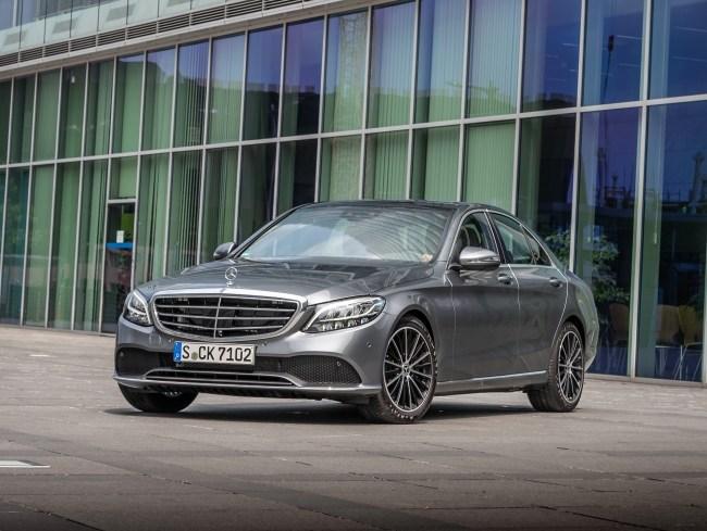 21477 Mercedes C-Class. Новый или рестайл?. Mercedes C-Class (W205)