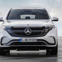 21632 Описание автомобиля Mercedes EQC 2019 - 2020