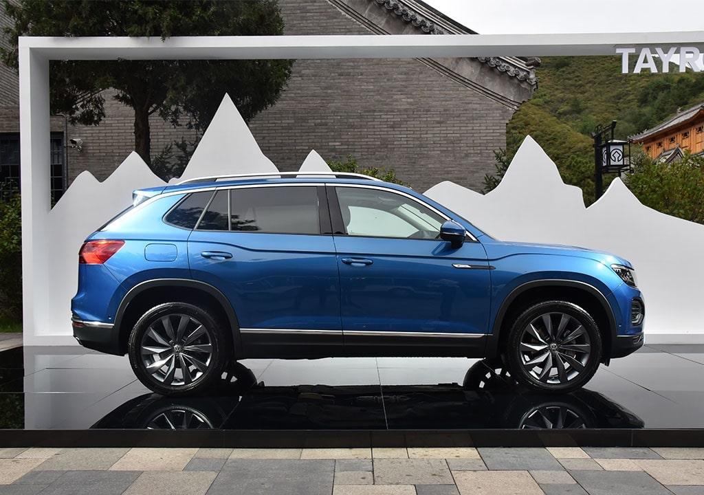 21802 Описание автомобиля Volkswagen Tayron 2019