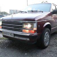 22021 Plymouth Voyage 1989. Наверное, лучший.... УАЗ Hunter