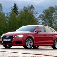 22293 Маленькое красное платье. Audi A3 Sedan