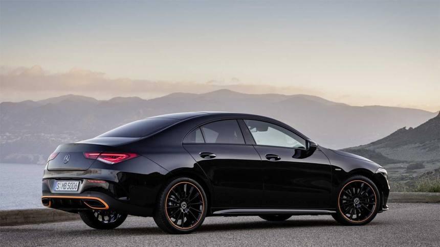 Описание автомобиля Mercedes-Benz CLA 2019