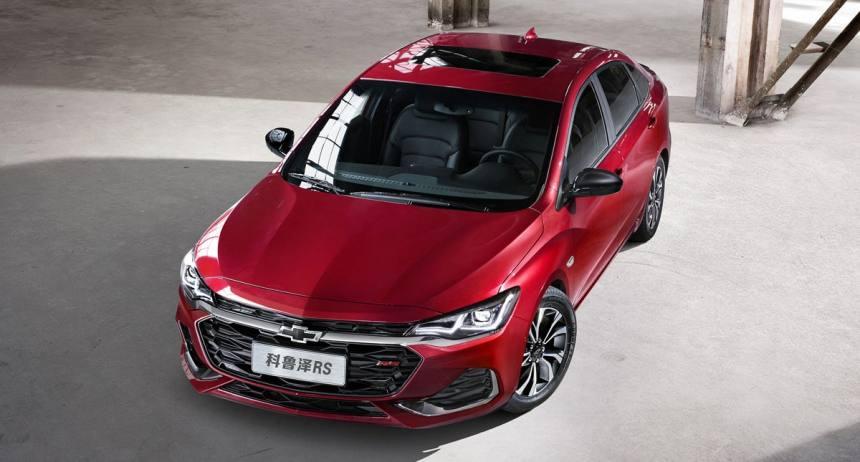 Описание автомобиля Chevrolet Monza 2019 – 2020