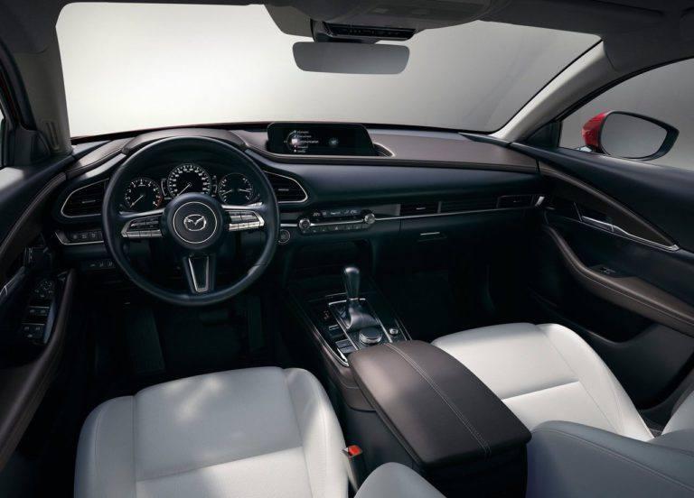 Описание кроссовера Mazda CX-30 2019 – 2020