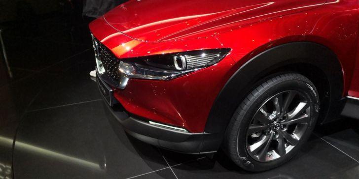 Компактный кроссовер Mazda CX-30 представлен официально