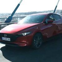 22825 Новая Mazda3 – меньше спорта и больше комфорта. Mazda 3 Hatchback