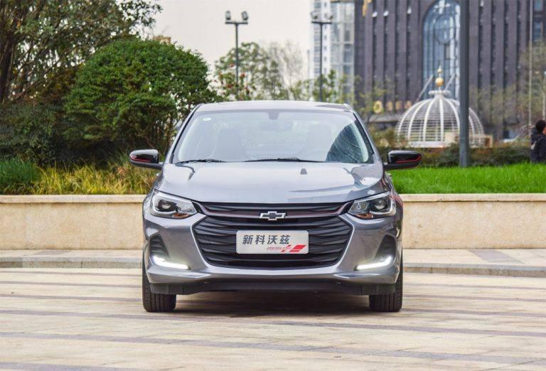 Описание автомобиля Chevrolet Onix 2019 – 2020