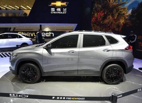 Описание автомобиля Chevrolet Tracker 2020