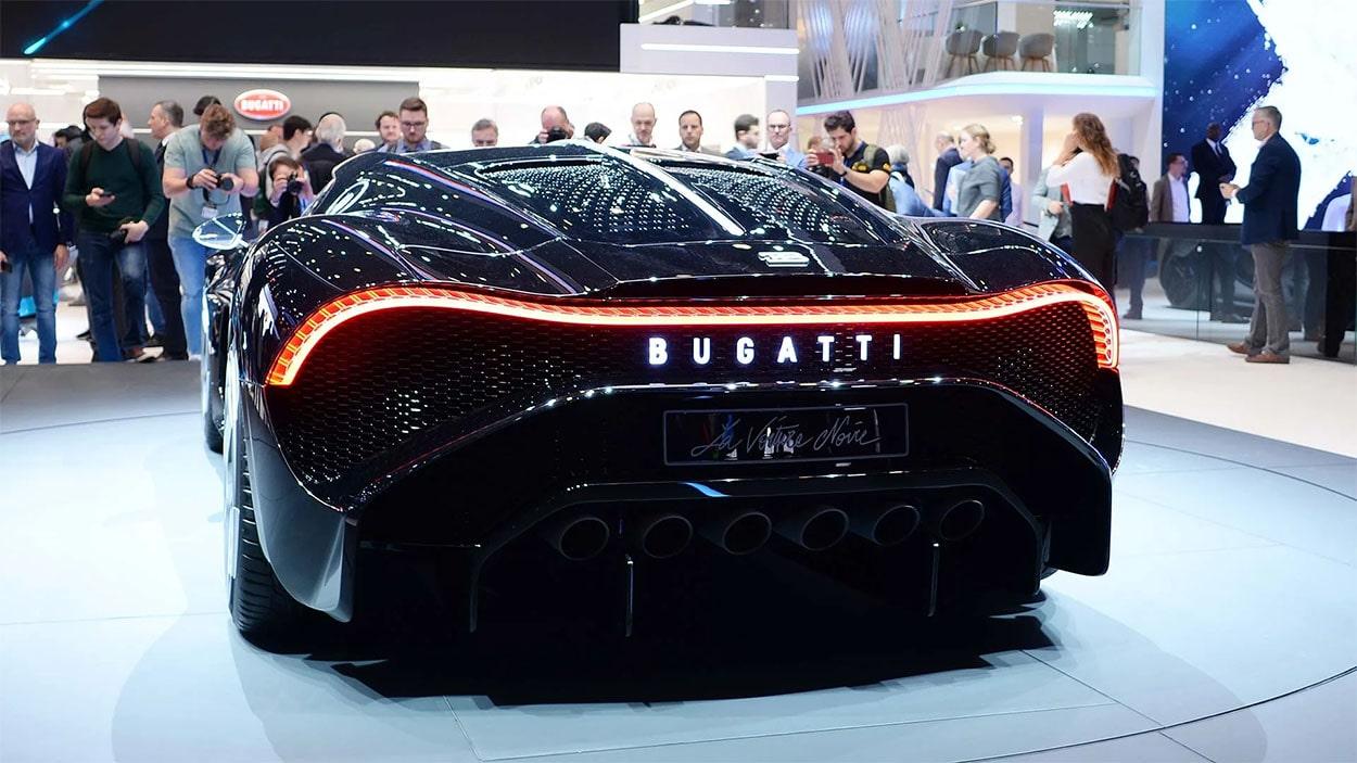 Описание автомобиля Bugatti La Voiture Noire 2019 – 2020