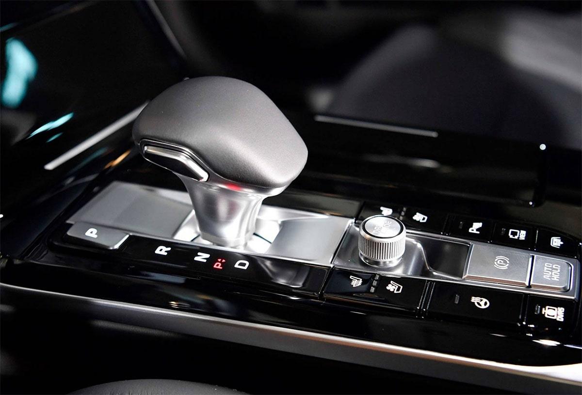 Описание автомобиля Kia K7 Premier 2019