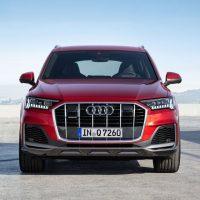 23576 Описание автомобиля Audi Q7 2019 - 2020