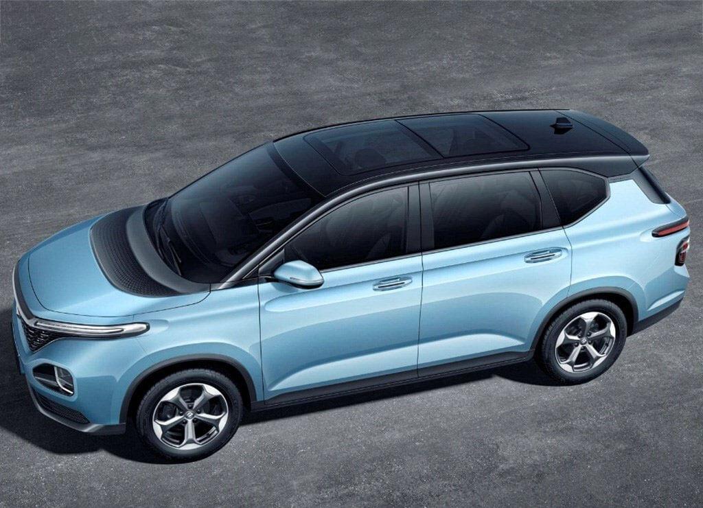 Описание автомобиля Baojun RM-5 2019 – 2020