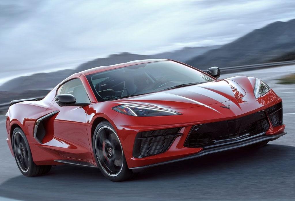 Описание автомобиля Chevrolet Corvette C8 Stingray 2020