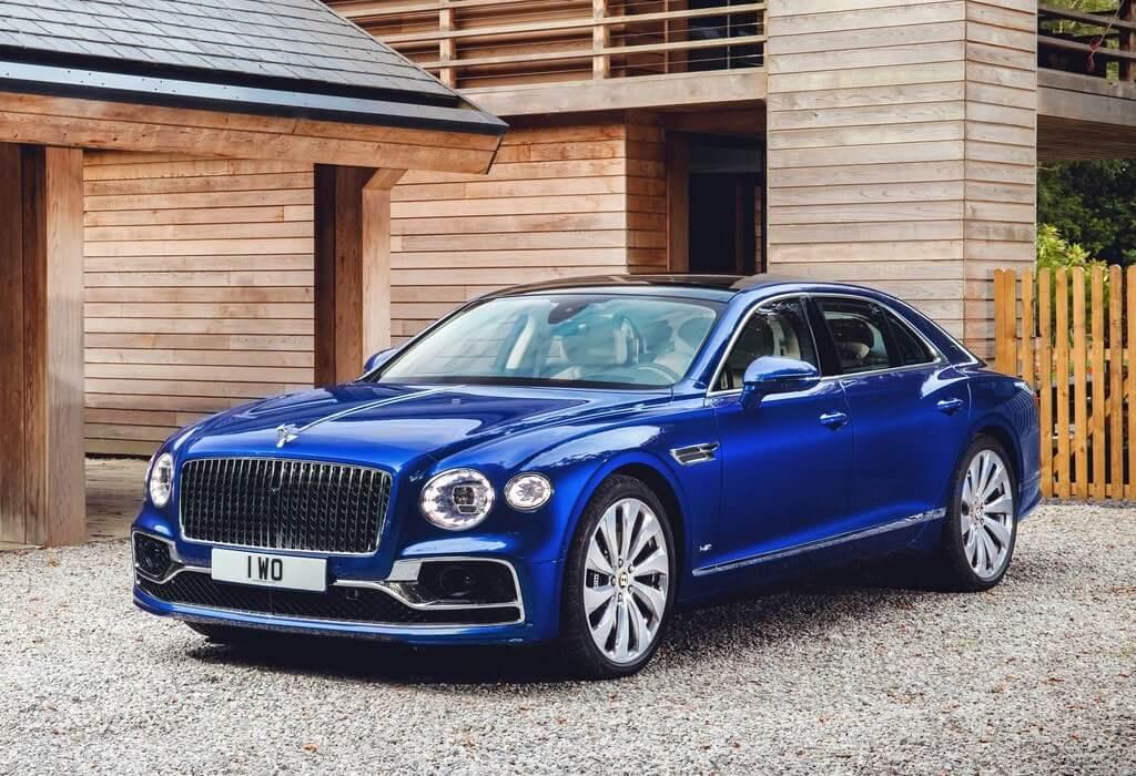 23809 Описание автомобиля Bentley Flying Spur 2020