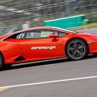 Легко сходимся с берлинеттой. Lamborghini Huracan EVO